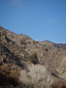 A view of the mountains along the canyon
